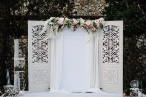 postponing-your-wedding